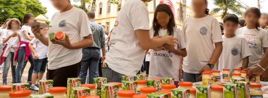 Unilever usa parceria com Carreta da Nutrição para anunciar para crianças