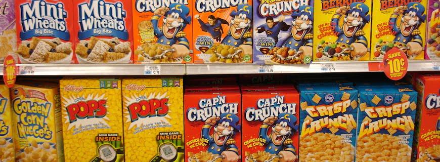 Na Inglaterra, anúncios de junk food para crianças serão regulados