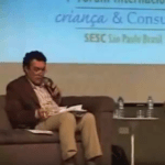 Imagem do vídeo: Debate da mesa 1 no primeiro fórum internacional Criança e Consumo.
