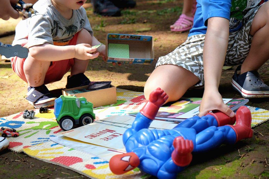 Feira de Troca de Brinquedos do Alana, em São Paulo, dia 12 de outubro deste ano (Foto: Paulo Otero)