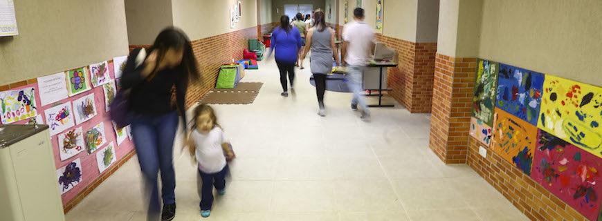 Projeto de lei 'Adote uma Escola' é vetado em Curitiba