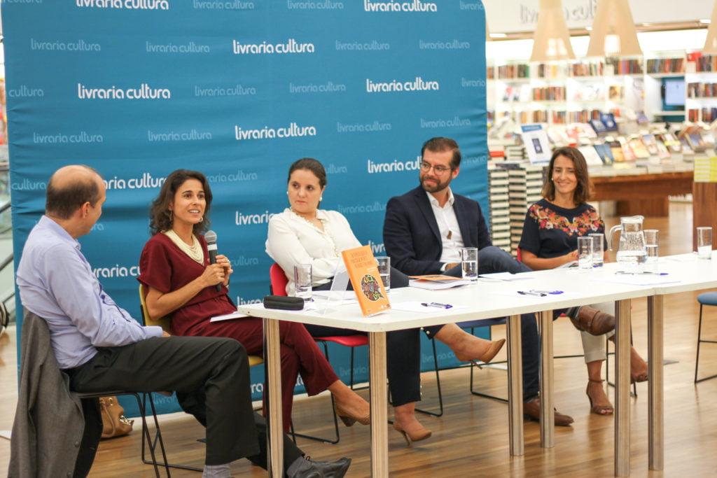 Autores do livro Lançamento do livro Autorregulação da Publicidade Infanatil no Brasil e no Mundo em debate de lançamento da publicação