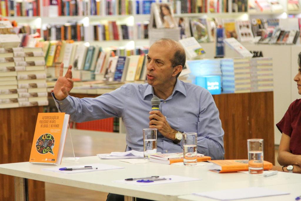 Calixto Salomão, (professor titular da Faculdade de Direito da Universidade de São Paulo) e autor de artigo no livro Autorregulação da Publicidade Infantil no Brasil e no Mundo