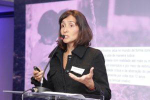 Isabella Henriques discute Internet dos Brinquedos