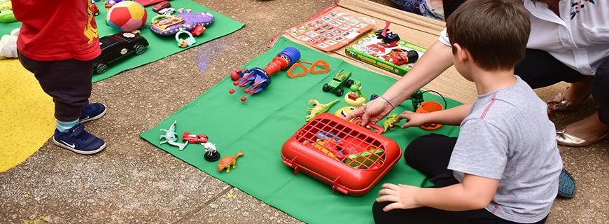 Centro de São Paulo recebe Feira de Trocas de Brinquedos no Dia das Crianças