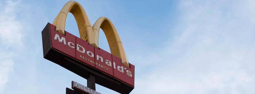 Brazil's Justice Department issues McDonald's a BRL 6 million fine for advertising inside schools