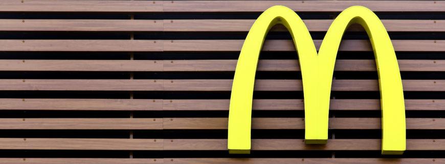 Justiça reafirma abusividade de shows do Ronald McDonald em escolas