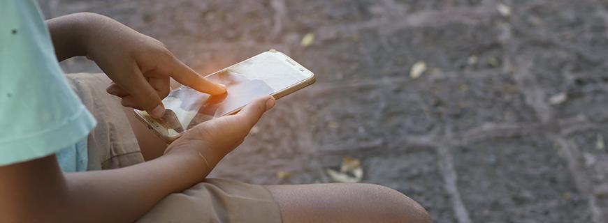 Relatório alerta sobre riscos à privacidade de crianças e adolescentes no Brasil