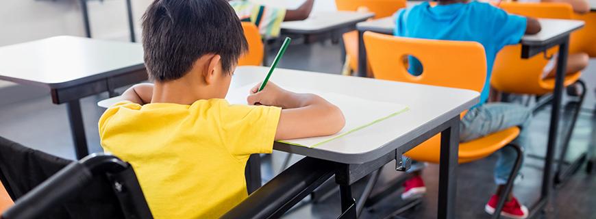 Publicidade infantil em escolas é ilegal e ponto final