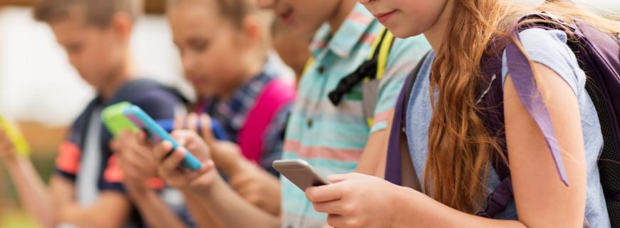 Pela proteção de dados de crianças e adolescentes